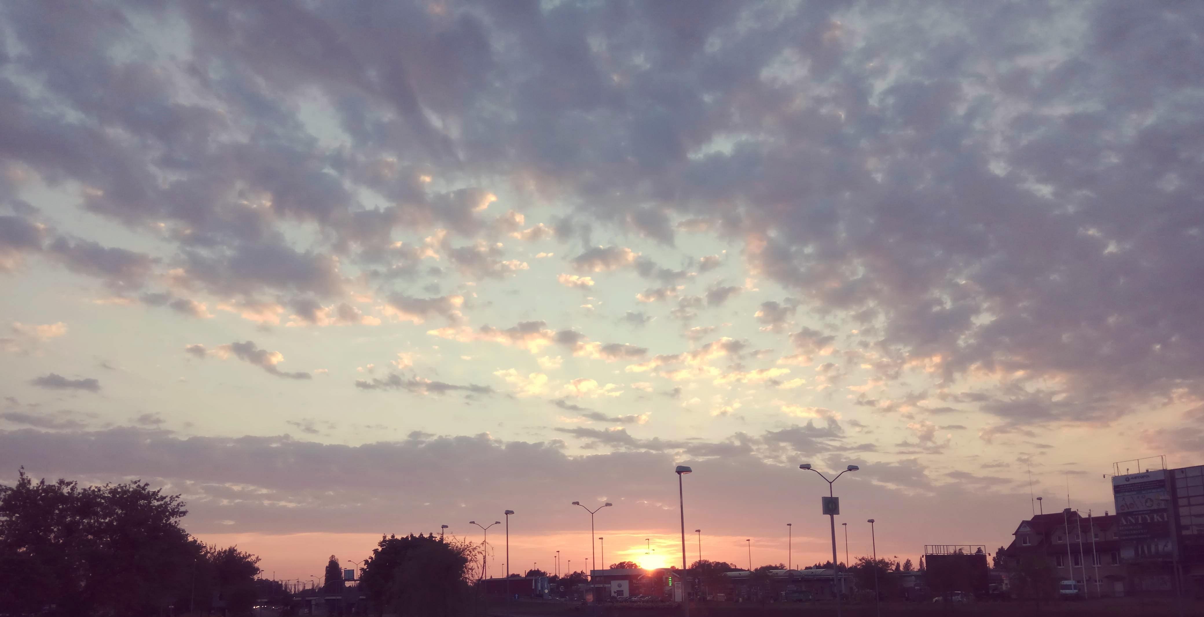 slow life maj zachód słońca